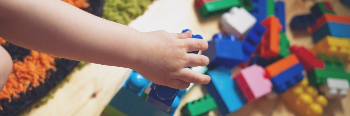mẹo dọn đồ chơi cho trẻ em